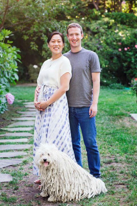 Mark Zuckerberg e Priscilla Chan com seu cachorro. Crédito: Reprodução Facebook