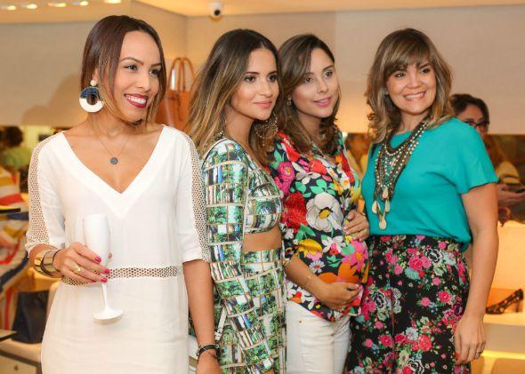 Paula Ardanza, Rebeka Guerra, Vanessa Tinoco e  Juana Moura - Créditos: Paloma Amorim/Divulgação
