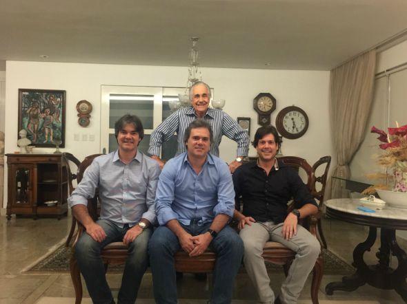 Marcello e os filhos Gilberto, Sílvio e Cláudio. Crédito: Arquivo Pessoal