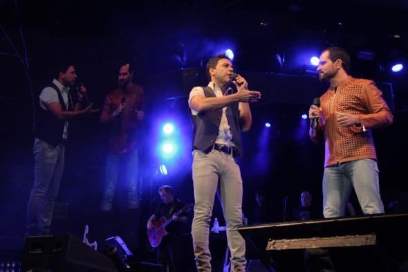 Zezé di Camargo e Luciano. Crédito: Classic Hall / Divulgação