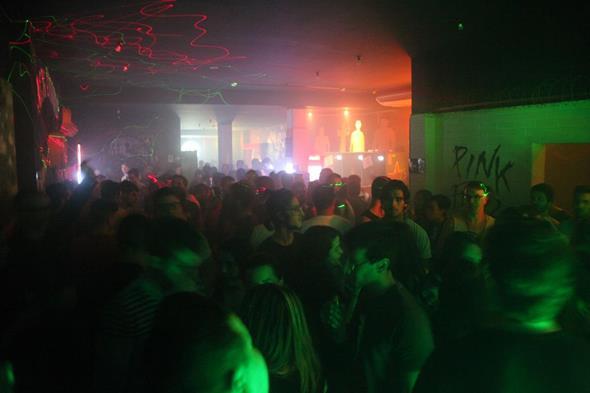 O Profana Pub ficou lotado durante a comemoração Créditos: Vinicius Ramos/ Vagalume Comunicação