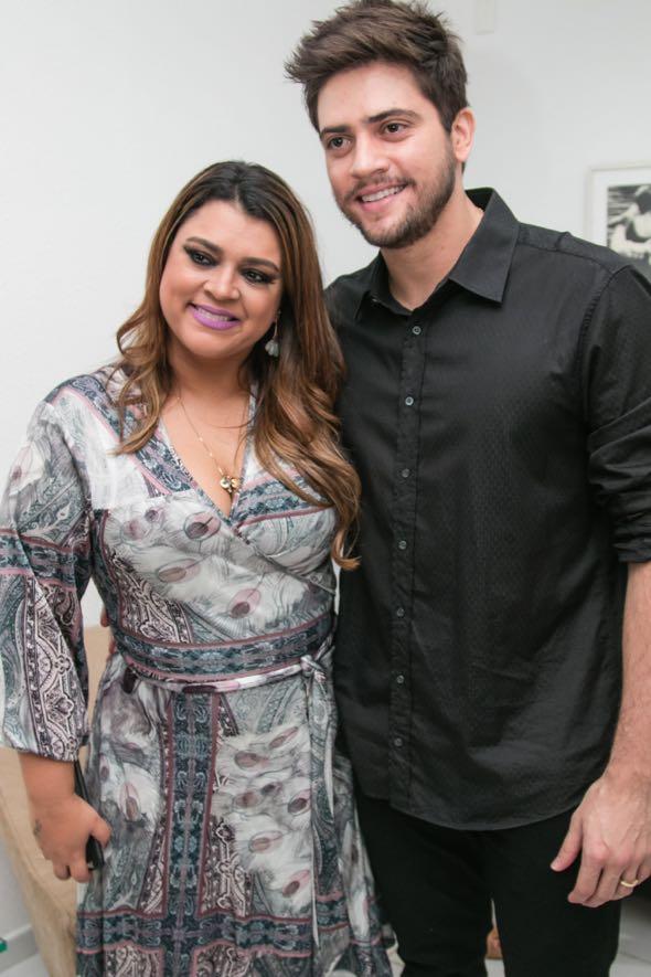Preta Gil e Rodrigo Godoy no camarim do Armazém Blu'Nelle - Crédito: Tatiana Sotero/DP/D.A Press