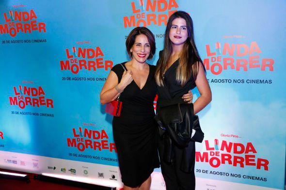 Gloria Pires e a filha  Antonia, que contracenam juntas no filme Linda de Morrer - Crédito: Divulgação/heloisatolipan.com.br