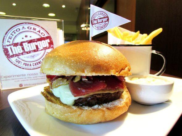 """Feito a Grão """"The Burger"""". Crédito: Divulgação"""