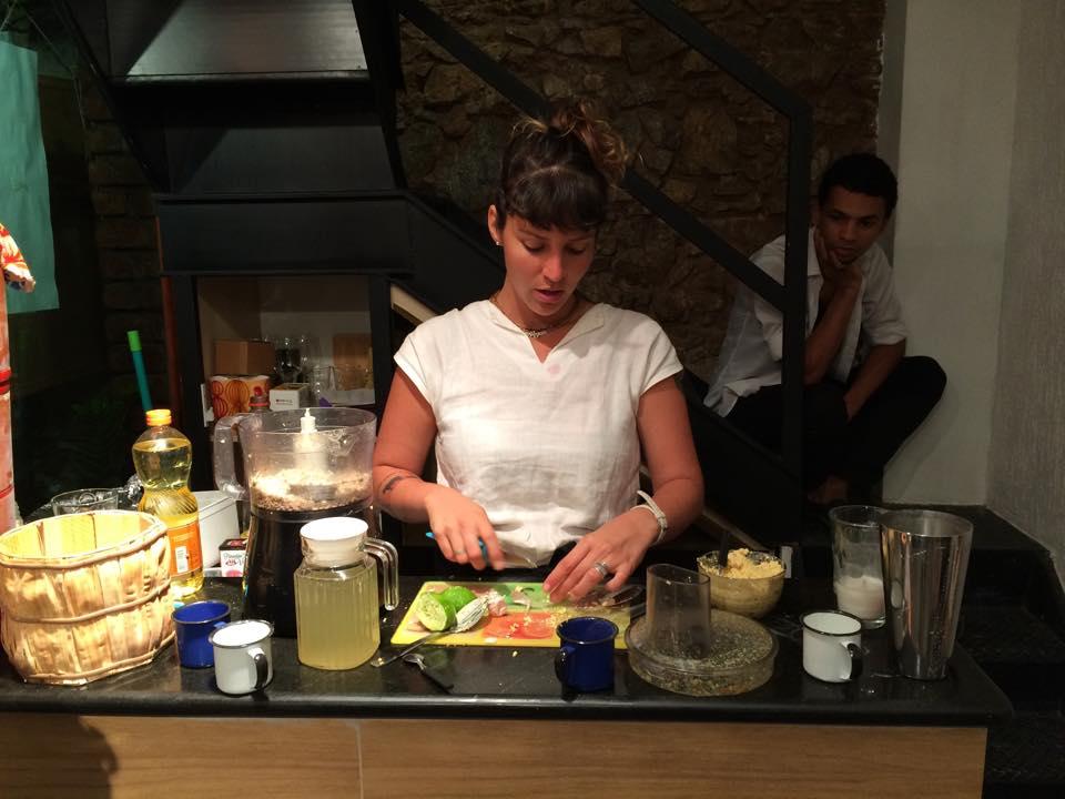 Alejandra Mendoza vai ensinar a fabricar leites e queijos a partir de sementes Créditos: Divulgação