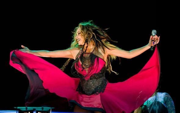 """Daniela Mercury no seu projeto """"O Baile da Rainha Má"""". Crédito: Divulgação"""