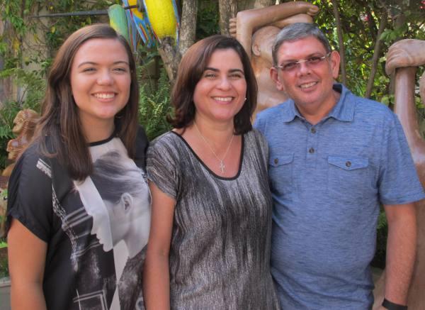 Ennio e Ladjane Benning com a filha