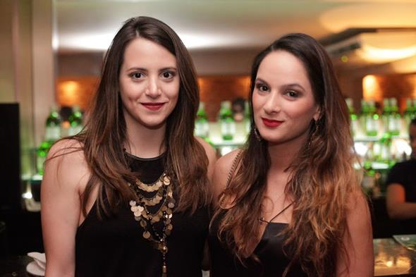 Eduarda Schwambach e Marcela Pontual. Crédito: Vito Sormany/Divulgação