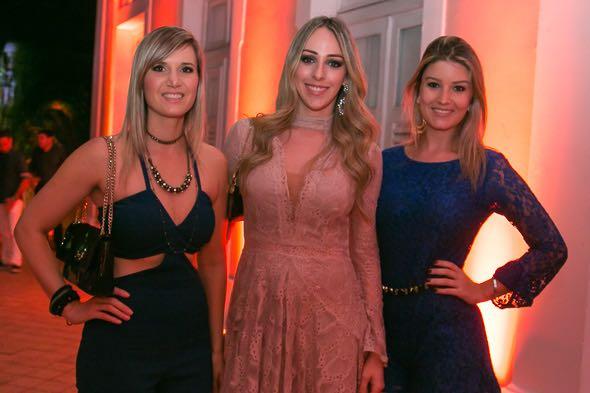 Flávia Campos, Anna Sarah Miranda e Gabriela Ribeiro - Crédito: Tatiana Sotero/DP/D.A Press