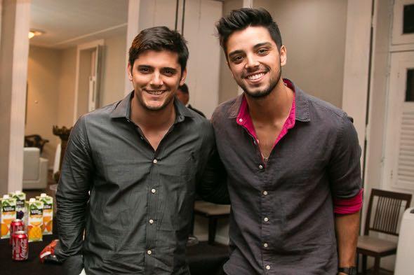 Bruno Gissoni e Rodrigo Simas - Crédito: Tatiana Sotero/DP/D.A Press