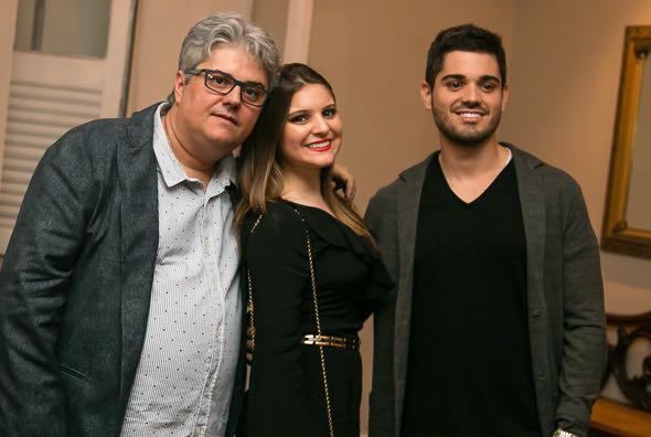 Alexandre Ruas com os filhos Ana Mercedes e Guilherme Ruas - Crédito: Tatiana Sotero/DP/D.A Press