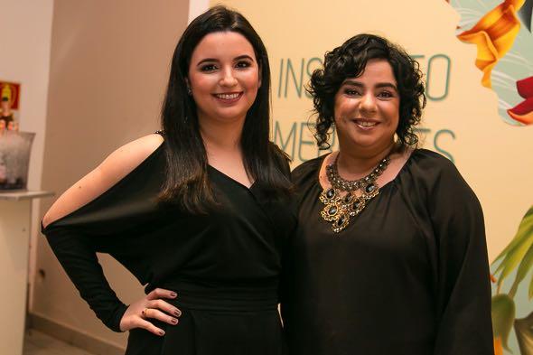 A ex-BBB Mariza Moreira com a sobrinha Maria Beltrão - Crédito: Tatiana Sotero/DP/D.A Press