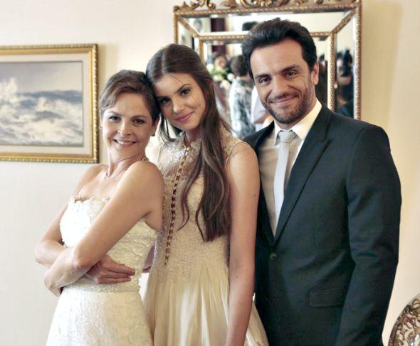 Drica Moraes, Camila Queiroz e Rodrigo Lombardi - Crédito: Felipe Monteiro/Gshow