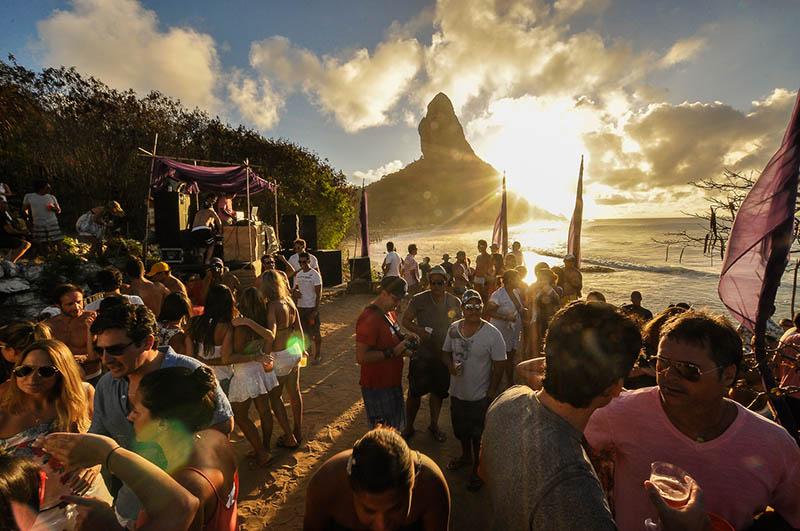 Bar do Meio, em Fernando de Noronha - Crédito: Paloma Amorim/Divulgação