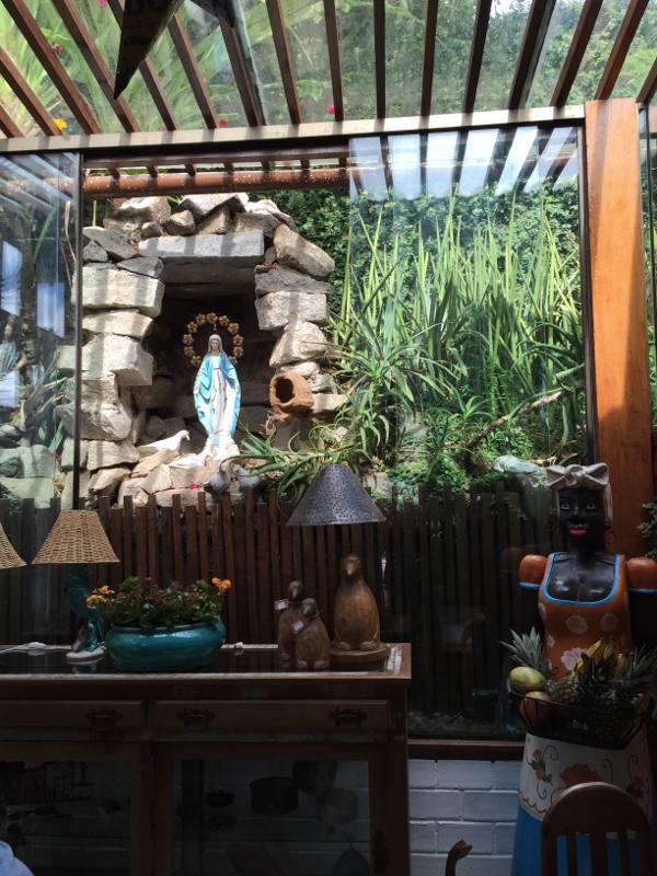 A gruta de Nossa Senhora