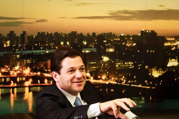 Geraldo Julio foi o único dos prefeitos de capitais a perder seguidores -  Crédito Andrea Rego Barros