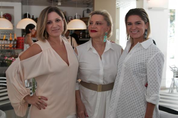 Ana Cecília, Lilia  e Juliana Santos - Crédito: Tatiana Sotero/DP/D.A Press