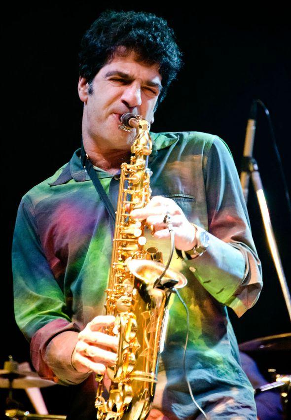 George Israel, saxofonista do Kid Abelha, desembarca no Recife - Crédito: Cadu Fernandes/Divulgação