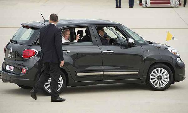 O carro popular usado pelo Papa Francisco/DP