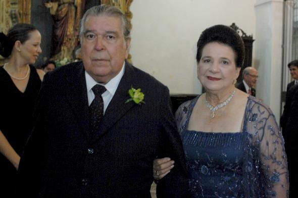 Ricardo brennand e Graça recebem convidados no almoço - Crédito: Nando Chiappetta/DP/D. A Press
