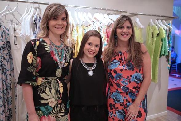 Juana Moura, Mariana Parini e Raquel Villar. Crédito: Leo Lima