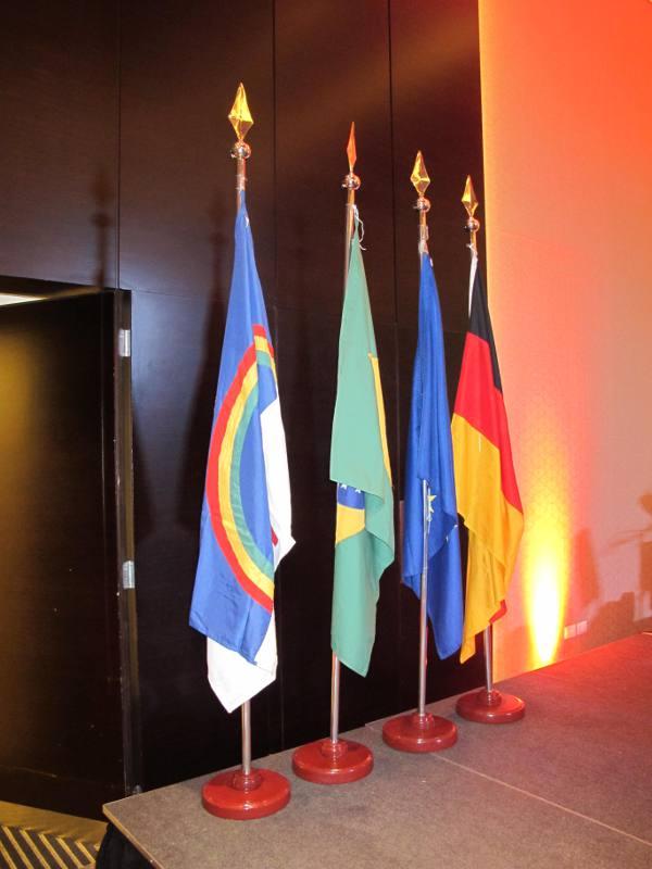 As bandeiras de Pernambuco, Brasil, União Européia e Alemanha/JAMS