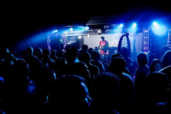 DJ ISLUISLU. Crédito: Liv!/Divulgação