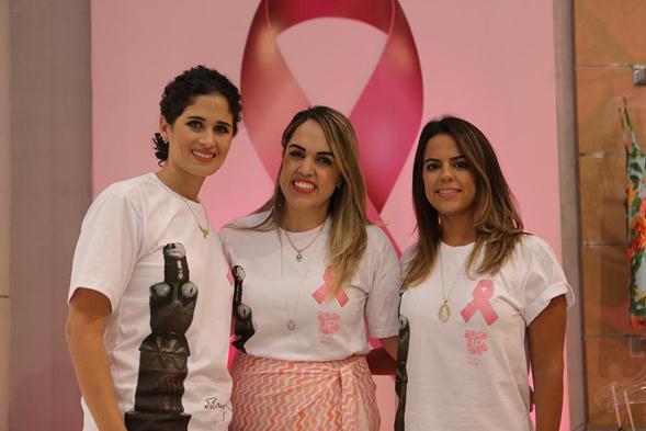 Gabriela Queiroz Galvão, Rapha Torres e Manuela Temório. Crédito: Ricardo Nascimento / Divulgação