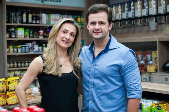 Fabiana e Nilton Farias. Crédito: Divulgação/Organno Loja