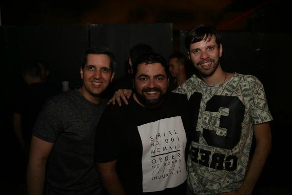 Rodrigo Santos, Marco Asafi e Bruno Santana. Crédito: Celo Silva/Divulgação