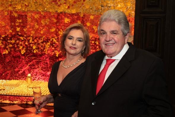 Julião Konrad e Marlene à frente da inauguração - Crédito: Nando Chiappetta/DP/ D. A Press