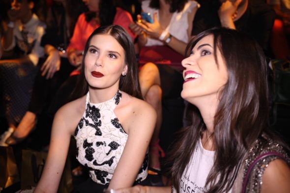 Camila Queiroz e Milka Elys - Crédito: Fernando Araújo/Divulgação