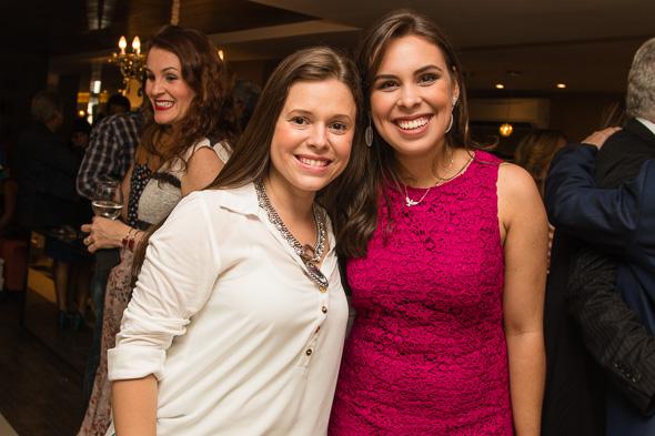 Mariana Parini, uma das doceiras da festa, com a dona Amanda Bastos. Crédito: Tatiana Sotero / DP / D.A Press