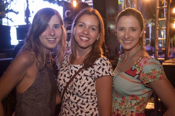 Gabriela  Moraes, Débora Basílio e Dayanna Ximenes. Crédito: Vito Sormany/Divulgação