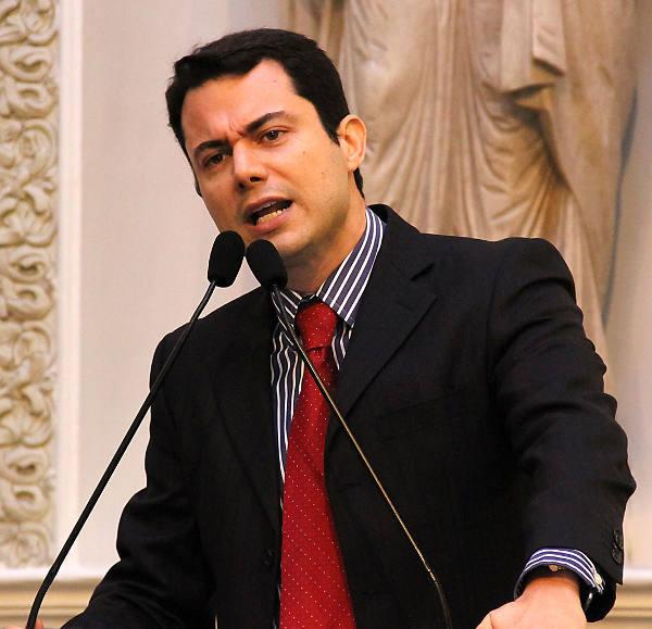 Clodoaldo Magalhães
