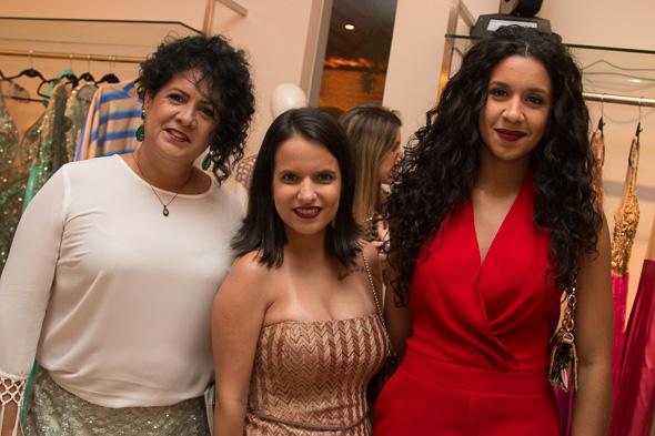 Lúcia Barreto, Luiza Tiné e Thais Barreto  Crédito: Tatiana  Sotero/D.P./DA Press