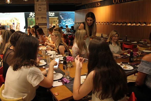 Mulherada no almocinho Créditos: Juliana Neves/4 Comunicação