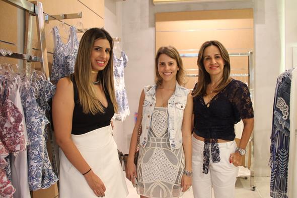 Maria Clara Moreira e Duda Dabeux e Socorrinho Almeida Créditos: Juliana Neves/4 Comunicação