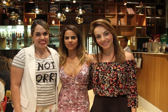 Rapha Torres, Manuela Tenorio e Cris Lemos Créditos: Juliana Neves/4 Comunicação