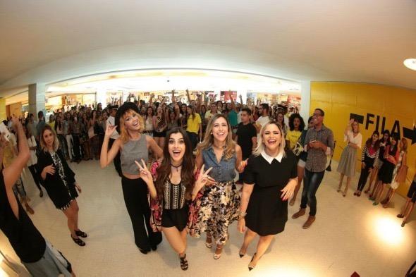 As blogueiras anfitriãs do evento. Crédito: Paloma Amorim/Divulgação