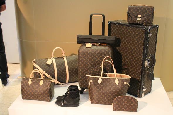 Os vários modelos que estão disponíveis na loja Créditos: Taís Machado/DP/D.A Press
