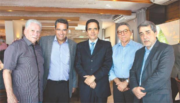 Antônio Carlos Vieira, Alexandre Rands, Maurício Rands, Alfrizio Melo e Guilherme Machado/DP
