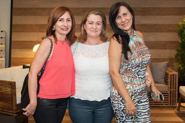ilka Rosas , Veronica Pimentel  e Andrea Bezerra Créditos: Dado Cavalcanti/divulgação