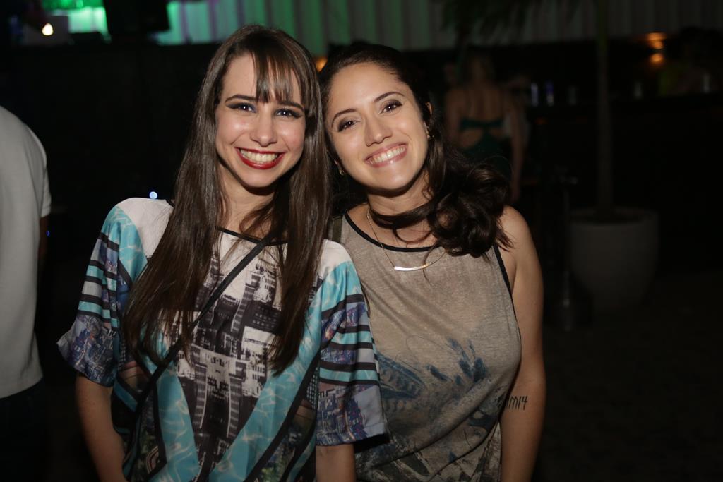 Amanda Oliveira e Juliana Mayer Créditos: Celo Silva/Divulgação