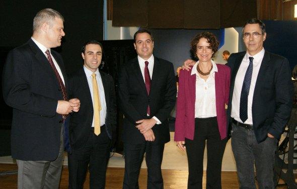 Eduardo Oinegue, Rafael Colombo, Paulo Câmara, Paula Azzar e Fábio Pannunzio. Crédito: Governo de PE / Divulgação