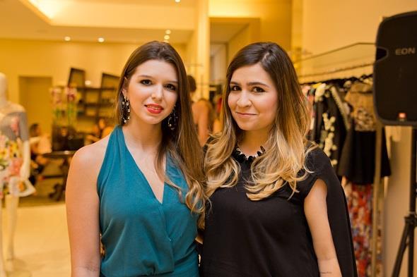 Bia Konrad e Daniela Tavares. Crédito: Américo Nunes/Divulgação