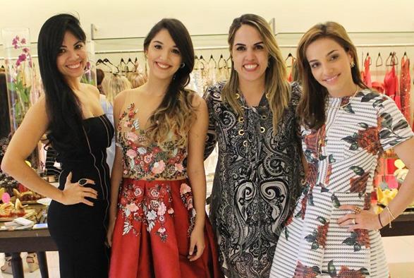 Zilma Cribari, Giovanna Cribari, Rapha Torres e Cris Lemos. Crédito: Juliana Neves/Divulgação