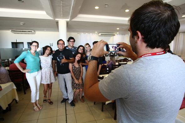 A confra foi o momento para os funcionários confraternizarem  Créditos: Paulo Paiva/ DP/DA Press