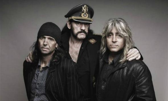 O grupo Motörhead, liderado por Lemmy Killmister (centro). Crédito: Divulgação