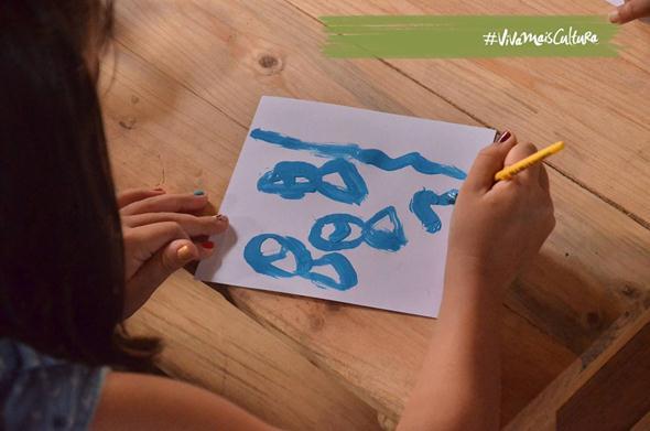Oficina Azulejar é a programação na Caixa Cultural. - Créditos: Reprodução Facebook
